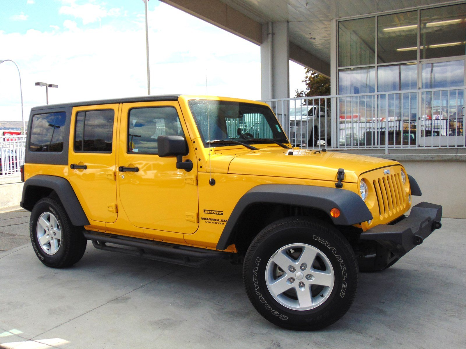 Certified Pre Owned 2015 Jeep Wrangler Unlimited Sport Convertible 2005 Emissions Wiring In Wenatchee 4768x Town Chrysler Dodge Ram