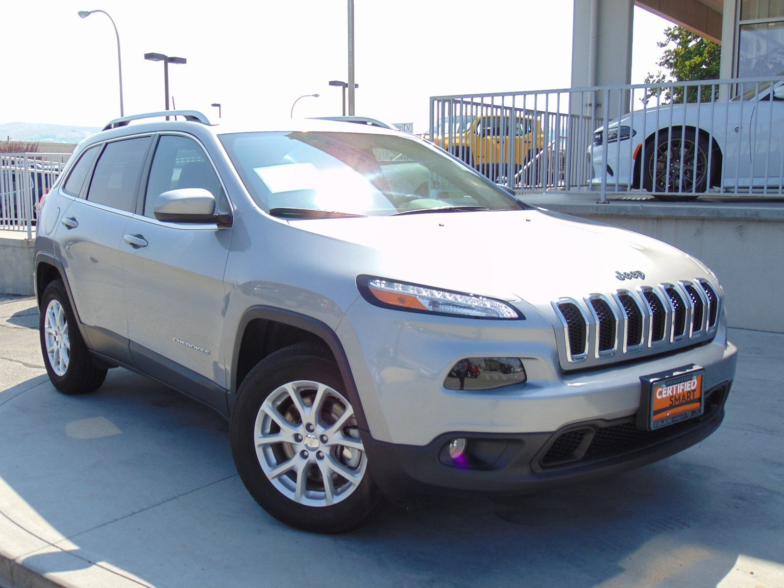 Certified Pre Owned 2017 Jeep Cherokee Latitude Sport Utility in